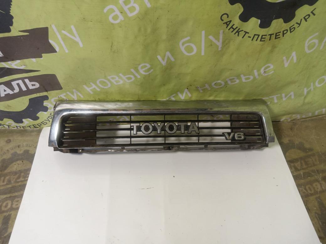 Решетка радиатора Toyota 4Runner 1992 (б/у)