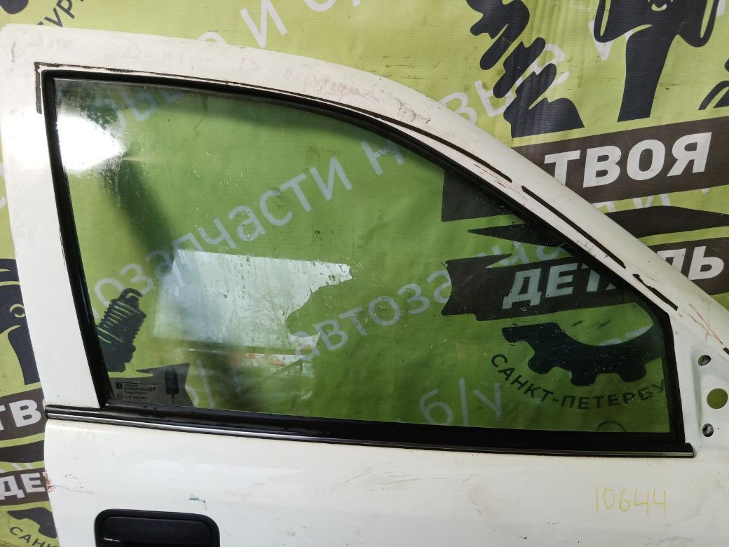 Стекло двери Opel Vectra B УНИВЕРСАЛ X20XEV 1998 переднее правое (б/у)