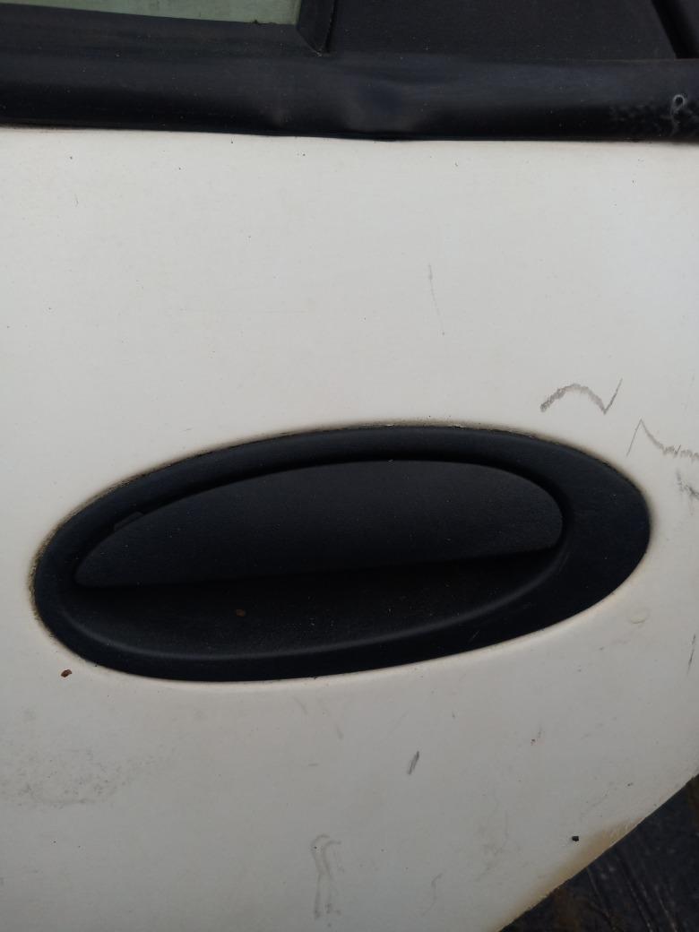 Ручка двери наружняя Renault Laguna K4M 1.6 1998 (б/у)