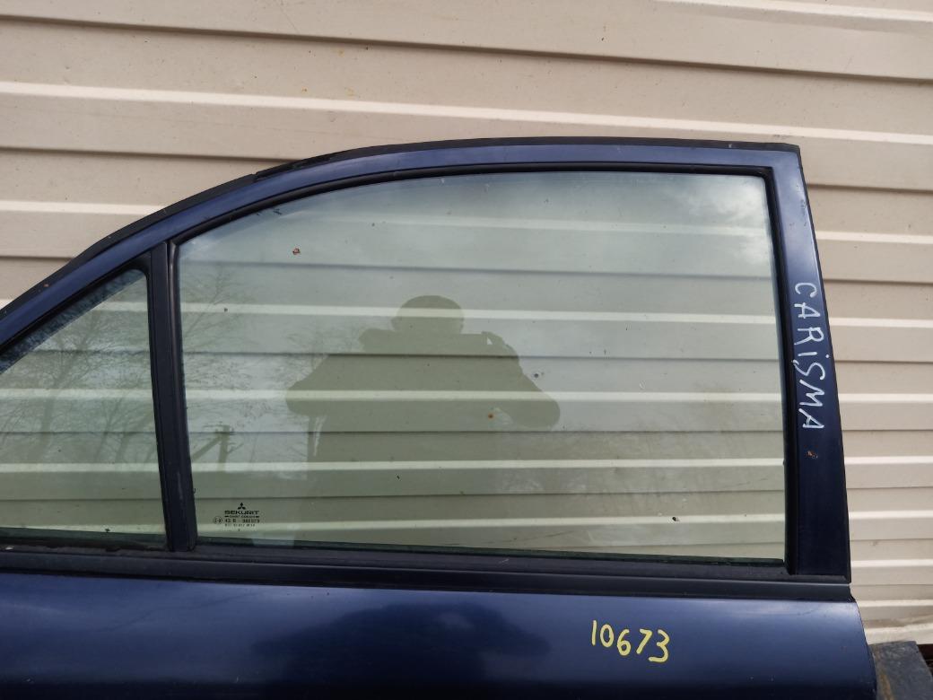 Стекло двери Mitsubishi Carisma ЛИФТБЕК F8QT 1.9 1998г.в. заднее правое (б/у)