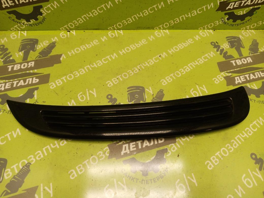 Молдинг крыла Suzuki Grand Vitara 1 2.5 1999 задний правый (б/у)