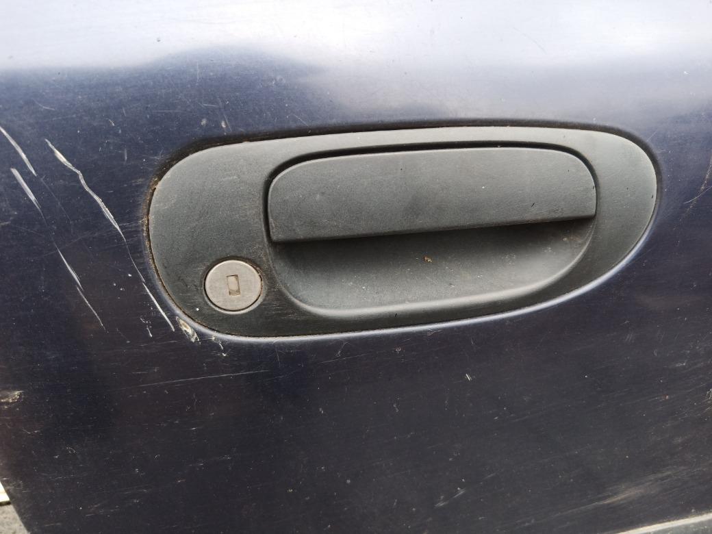 Ручка двери наружняя Mitsubishi Carisma ЛИФТБЕК F8QT 1.9 1998г.в. передняя правая (б/у)
