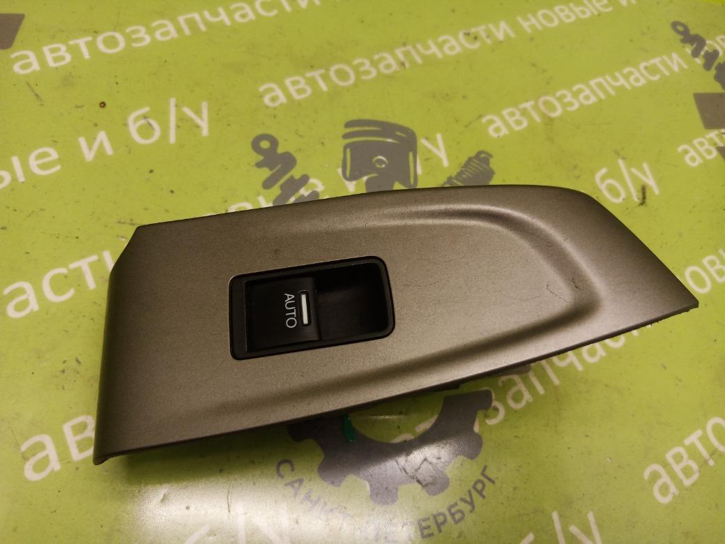 Кнопка стеклоподъемника Honda Accord 8 2.4 K24Z3 2008г.в. задняя правая (б/у)