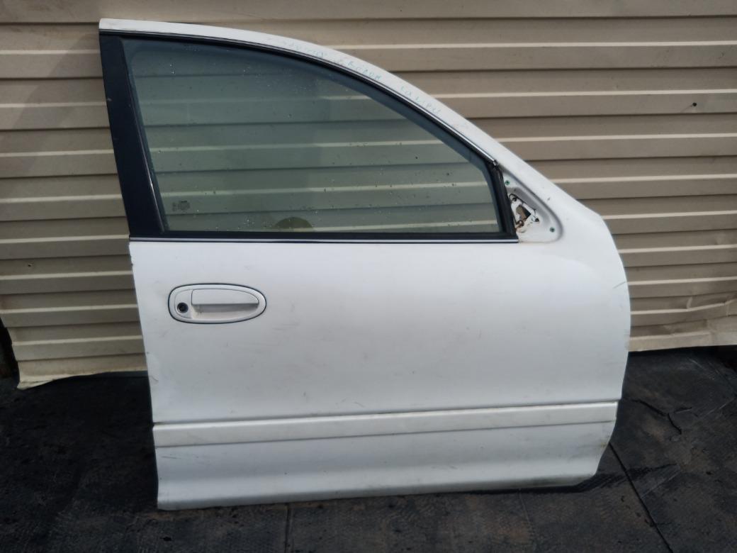 Дверь передняя правая Toyota Avalon 3.0 1MZFE 1995 (б/у)
