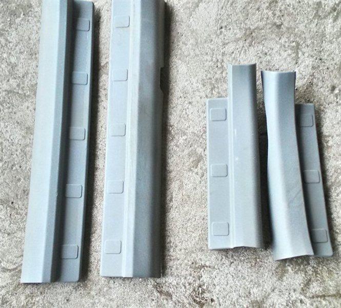 Порожек пластиковый Nissan Xtrail NT30 QR20DE (б/у)
