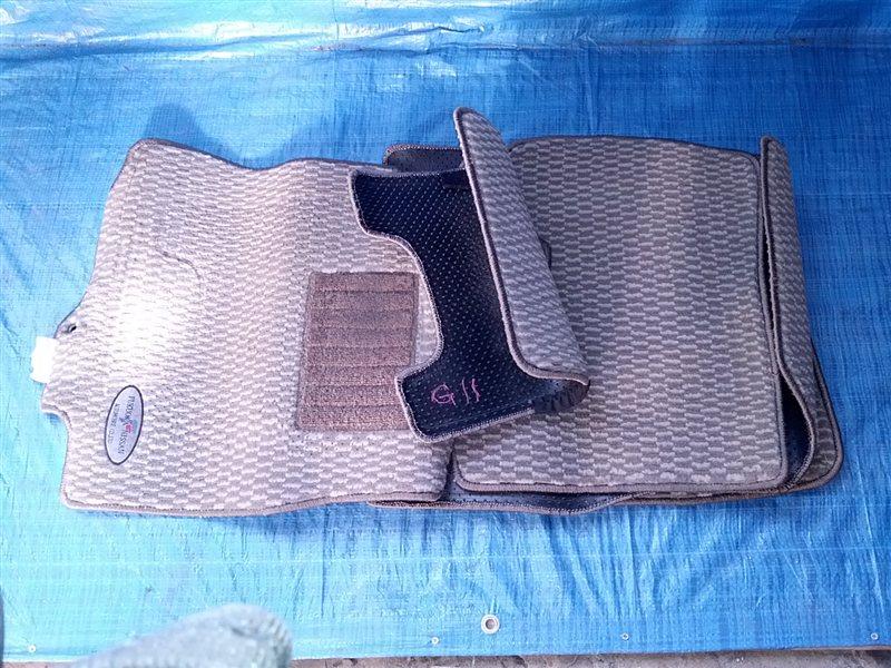 Коврики комплект Nissan Bluebird Sylphy G11 (б/у)