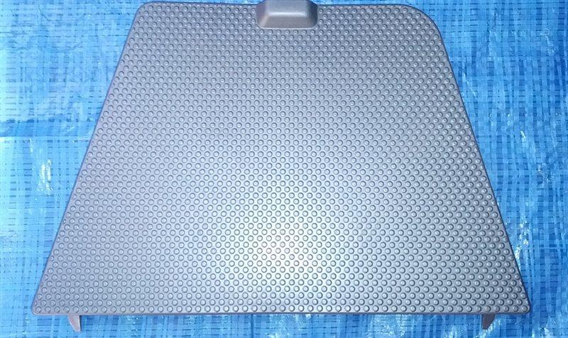 Пол багажника пластик Nissan Xtrail T30 (б/у)