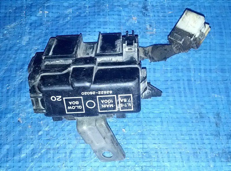 Блок предохранителей Toyota Hiace LH186 (б/у)