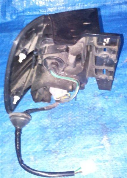 Стоп-сигнал Nissan Liberty RM12 правый (б/у)