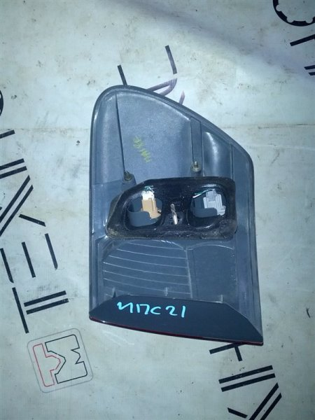 Стоп-сигнал Toyota Ipsum ACM21W левый (б/у)