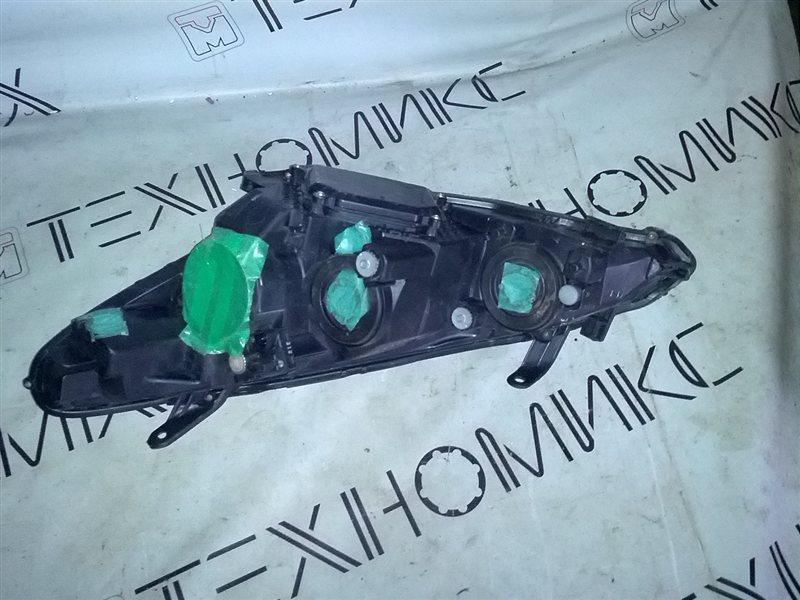 Фара Toyota Estima AHR10 правая (б/у)