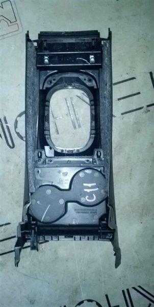 Рамка рычага переключателя автомата Nissan Tiida C11 (б/у)