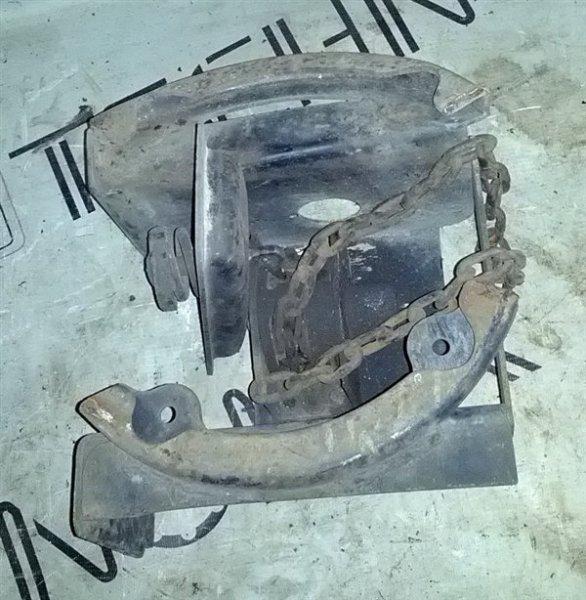 Крепление запасного колеса Toyota Dyna XZU411 S05D (б/у)