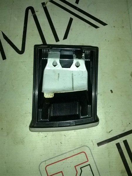 Пепельница Nissan Serena PC24 (б/у)
