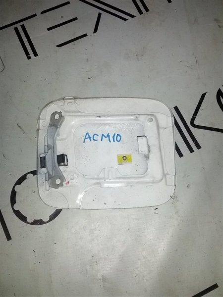 Лючок бензобака Toyota Gaia ACM10 (б/у)