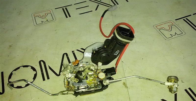 Электропривод замка двери Toyota Premio ST210 передний правый (б/у)