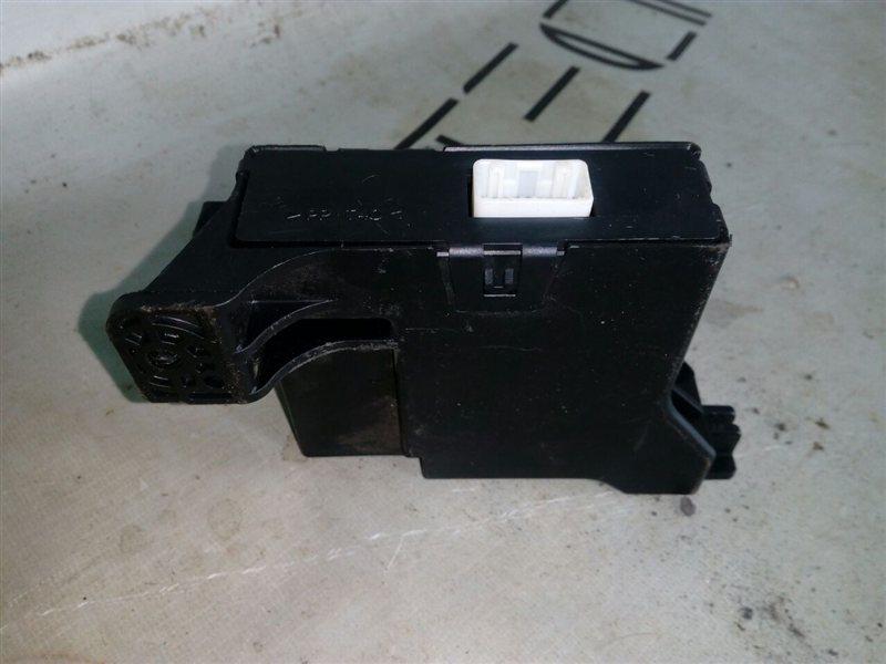 Блок управления климат-контролем Toyota Vitz KSP90 (б/у)
