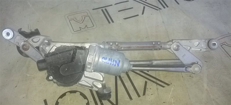 Мотор дворников Toyota Aqua NHP10 1NZ-FXE (б/у)