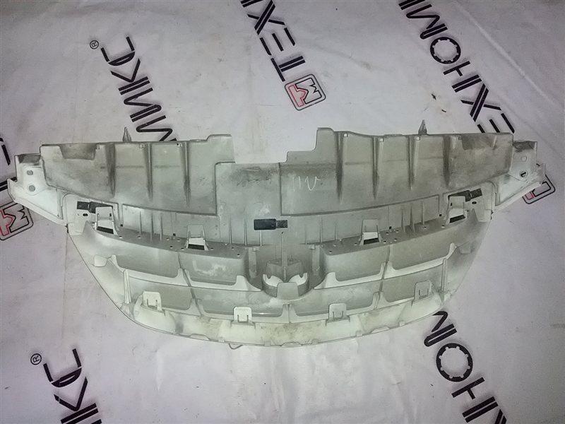 Решетка радиатора Mazda Mpv LWFW (б/у)