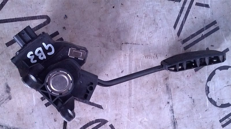 Педаль подачи топлива Honda Freed GB3 L15A (б/у)