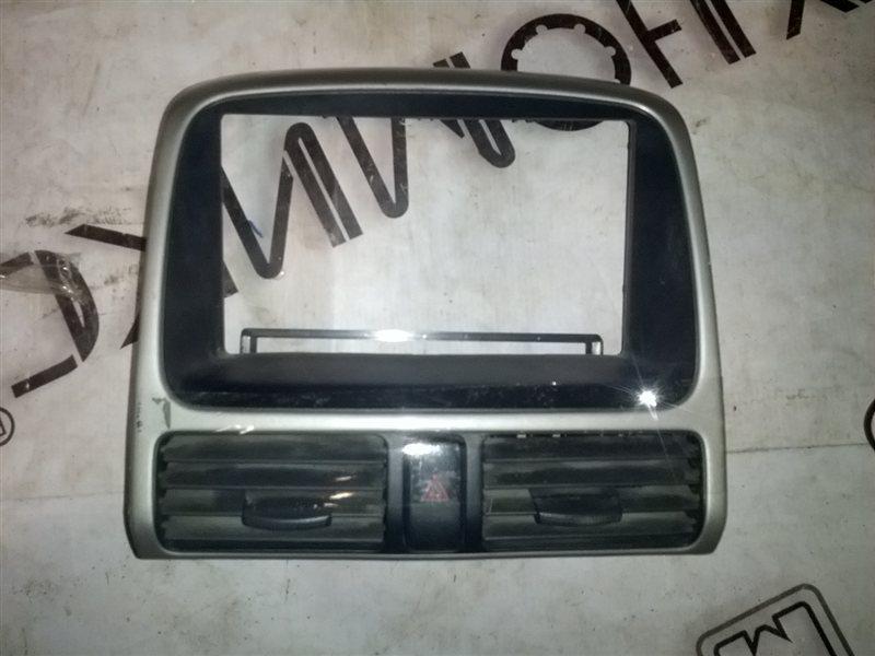 Рамка магнитофона Honda Crv RD5 K20A 2001 (б/у)