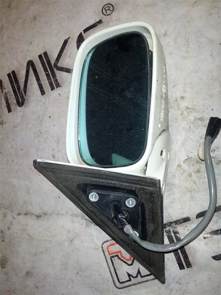 Зеркало Toyota Crown Majesta UZS171 1UZ-FE 2000 правое (б/у)