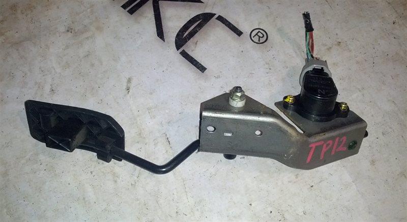 Педаль подачи топлива Nissan Primera TP12 QR20DE 2001 (б/у)