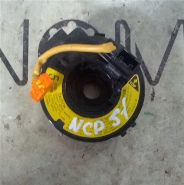 Шлейф-лента air bag Toyota Probox NCP51 1NZ-FE (б/у)