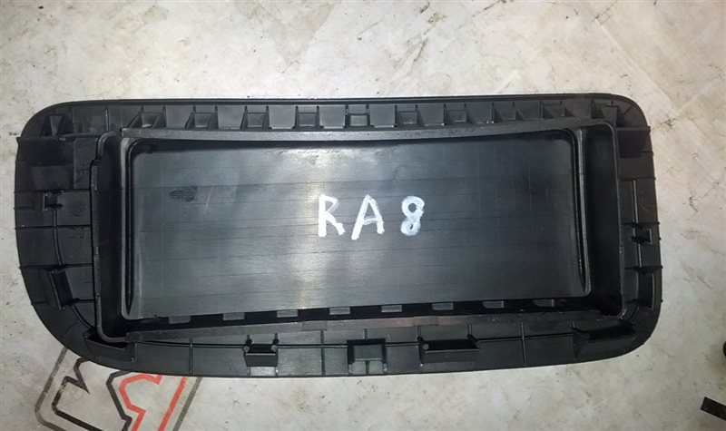 Airbag пассажирский Honda Odyssey RA8 J30A 2003 (б/у)