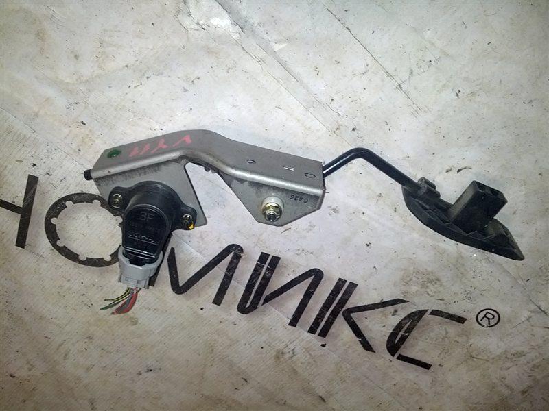 Педаль подачи топлива Mazda Familia VY11 QG13(DE) (б/у)