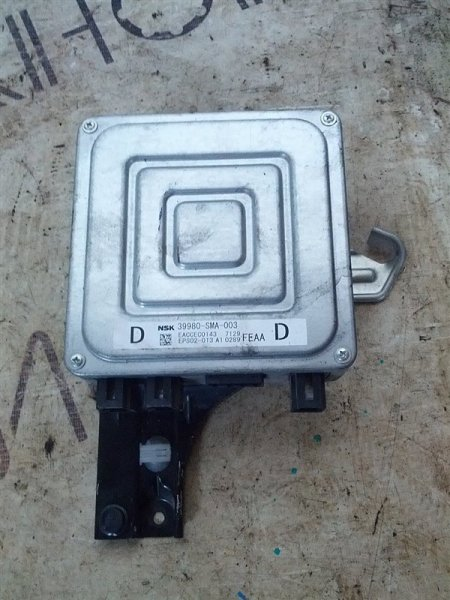 Блок управления рулевой рейкой Honda Stream RN6 R18A (б/у)
