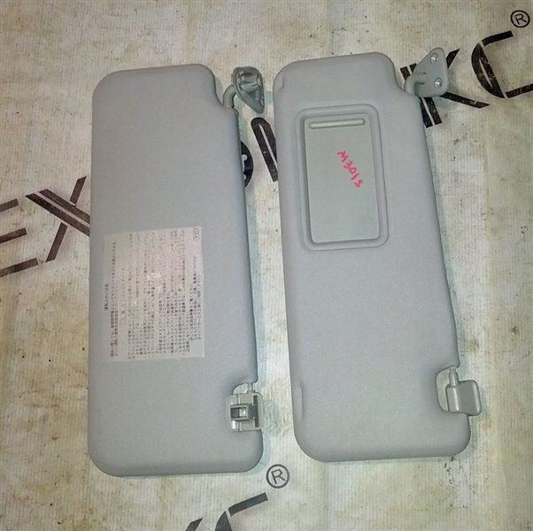 Козырек солнцезащитный Daihatsu Boon M301S 1KR-FE 2004 (б/у)