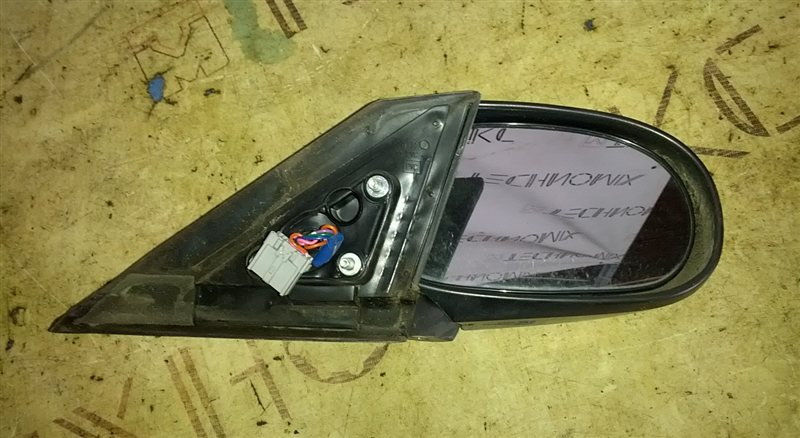 Зеркало Mazda Familia VY11 QG13(DE) 2006 правое (б/у)
