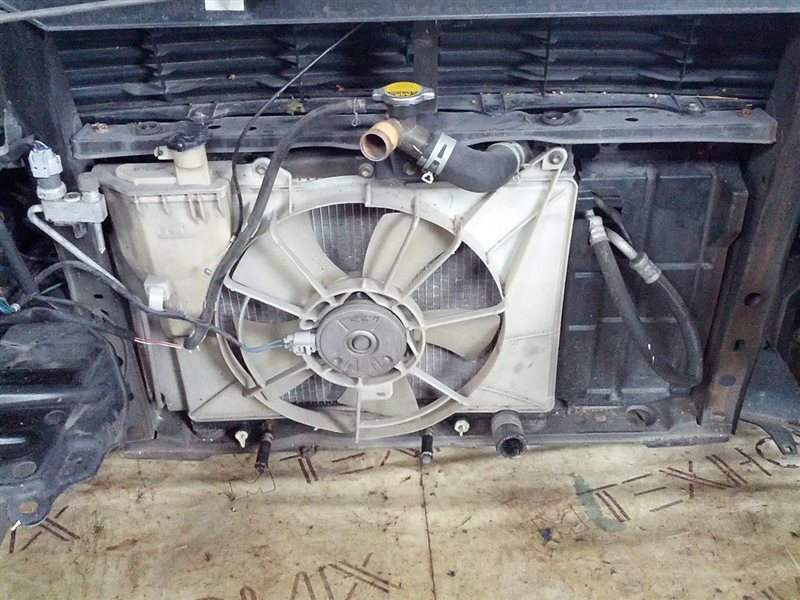 Ноускат Toyota Bb NCP31 1NZ-FE 2001 (б/у)