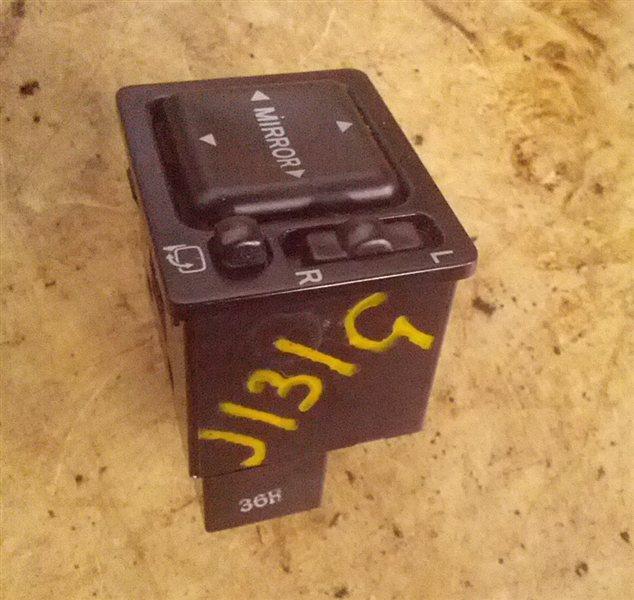 Блок управления зеркалами Daihatsu Terios Kid J131G EF-DET (б/у)