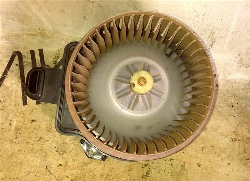 Мотор печки Toyota Aqua NHP10 (б/у)