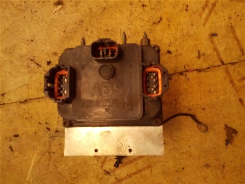 Блок abs Nissan Gloria MY33 VQ25(DE) (б/у)