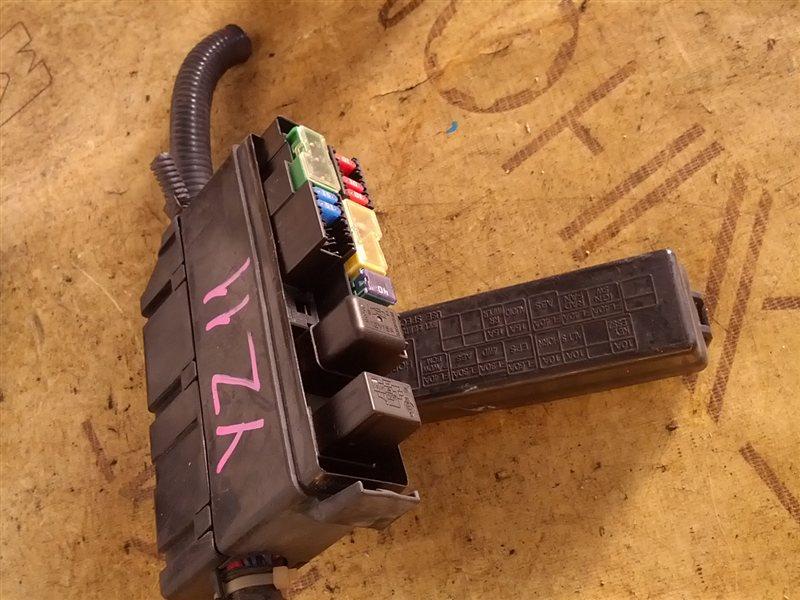 Блок предохранителей Nissan Cube YZ11 HR15(DE) (б/у)