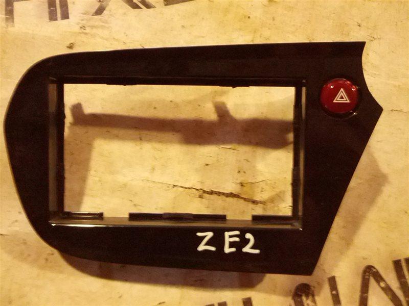 Рамка магнитофона Honda Insight ZE2 LDA (б/у)