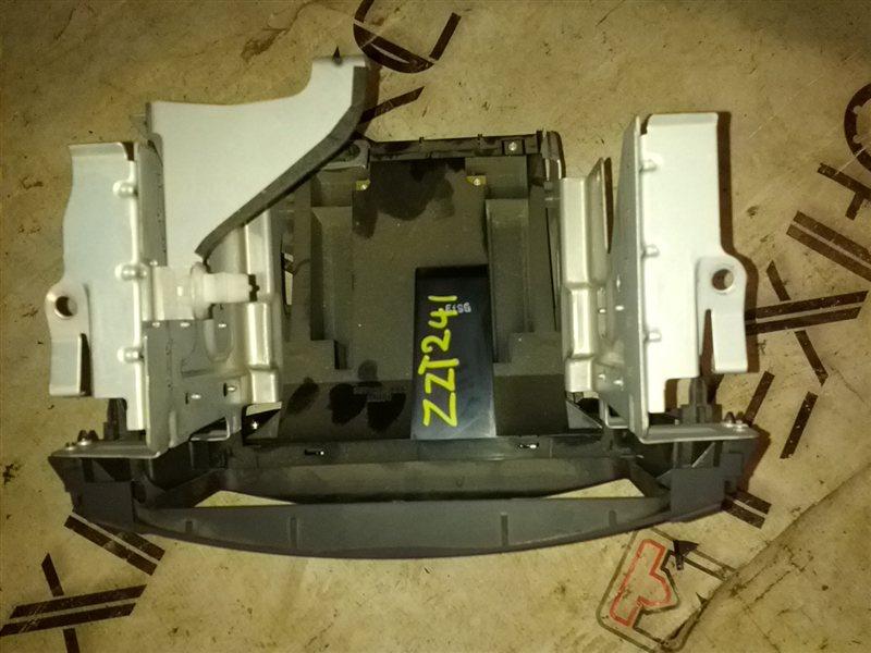 Блок управления климат-контролем Toyota Caldina ZZT241 1ZZ-FE (б/у)
