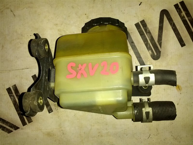 Бачок гидроусилителя Toyota Camry Gracia SXV20 5S-FE (б/у)
