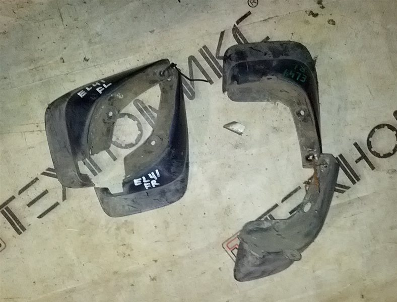 Брызговики комплект Toyota Corolla Ii EL41 4E-FE (б/у)