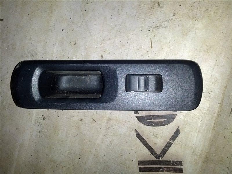 Блок управления стеклами Toyota Aqua NHP10 1NZ-FXE задний правый (б/у)