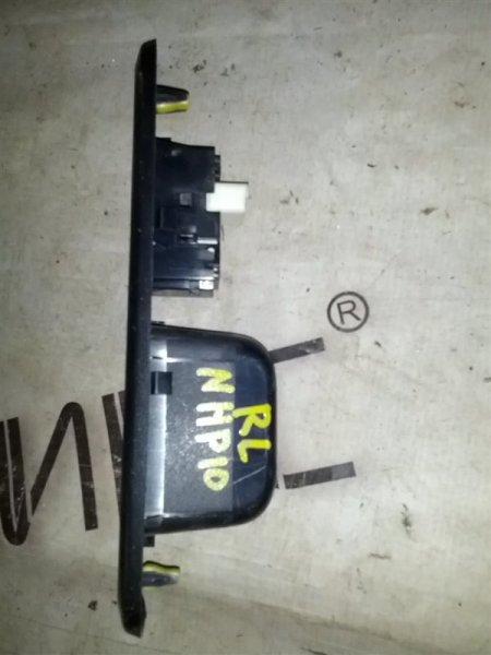 Блок управления стеклами Toyota Aqua NHP10 1NZ-FXE задний левый (б/у)