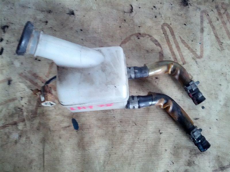 Бачок для тормозной жидкости Toyota Hiace LH178V 5L (б/у)