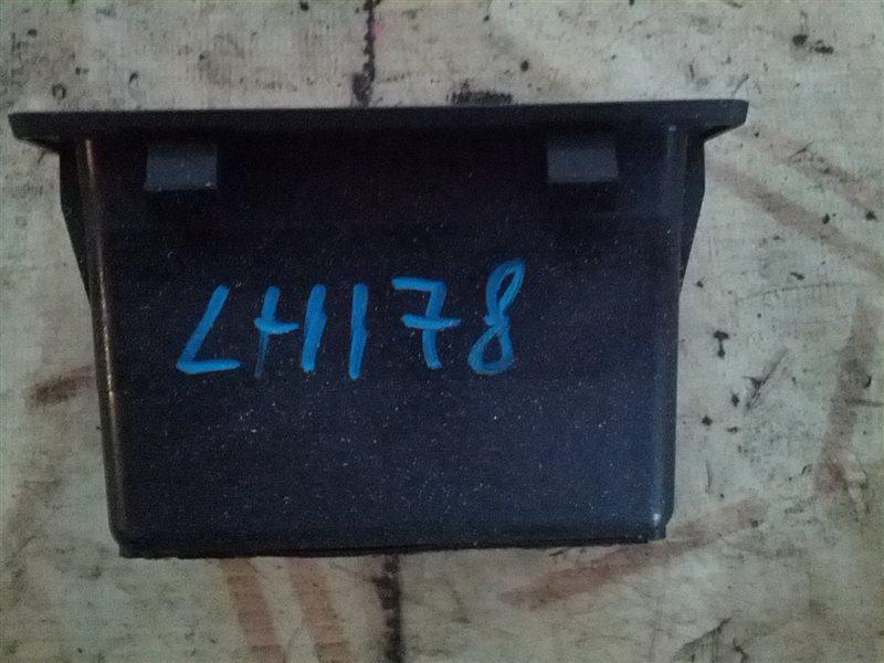 Бардачок в панель Toyota Hiace LH178V 5L (б/у)