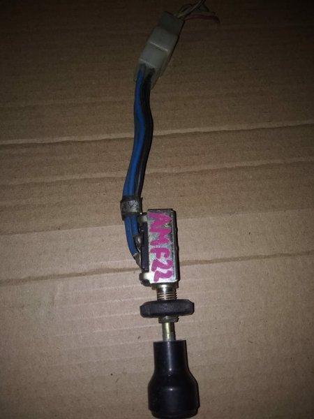Кнопка туманки Nissan Atlas AMF22 TD27 (б/у)