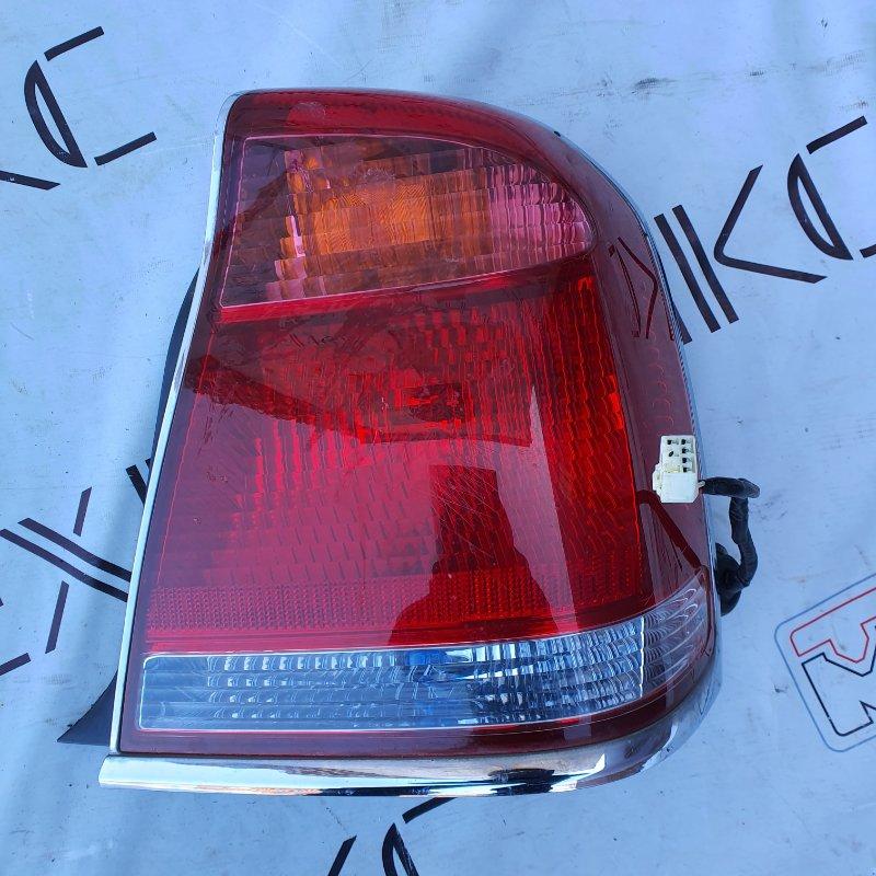 Стоп-сигнал Toyota Crown Majesta UZS171 правый (б/у)