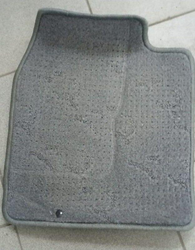 Коврики комплект Toyota Vitz SCP10 (б/у)