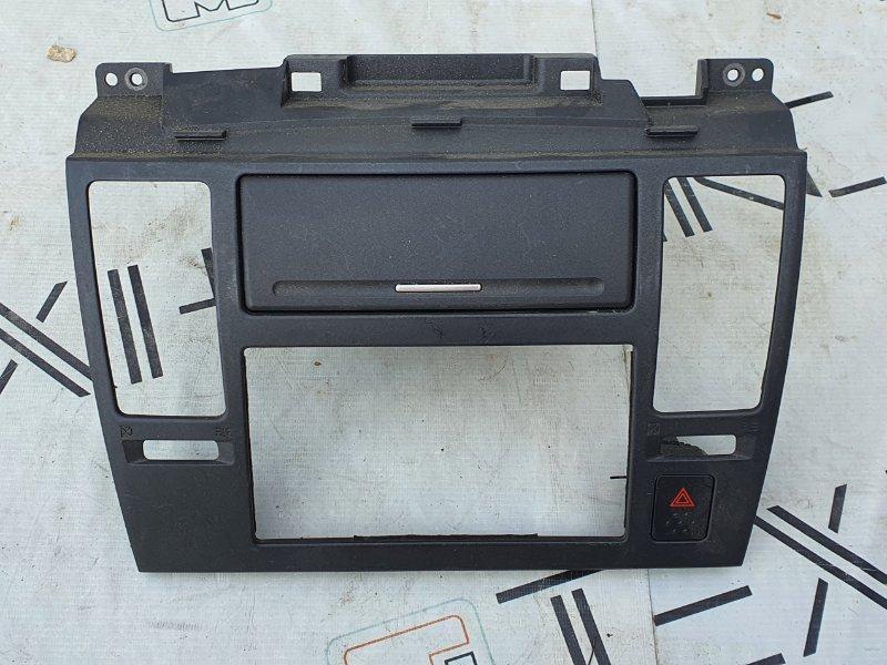 Рамка магнитофона Nissan Tiida C11 (б/у)